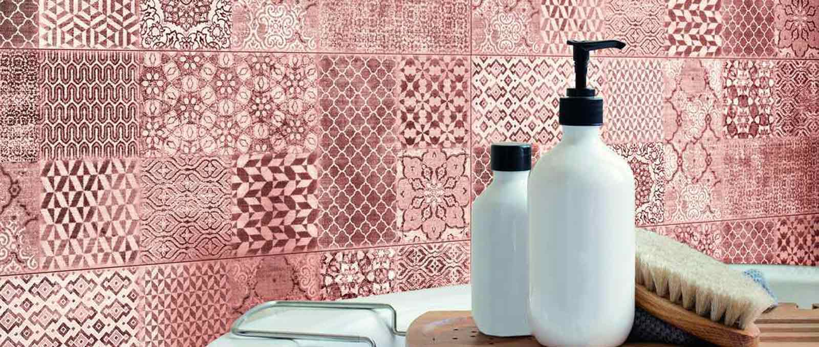 Wow effect for walls: fabric inspiration for the new Trama collection