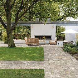Outdoor tiles and garden pavings