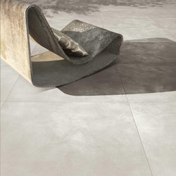 Modern terrace floors with stoneware tiles