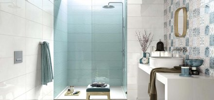 Cladding bathroom walls with colours and textures inspired by traditional majolica ware
