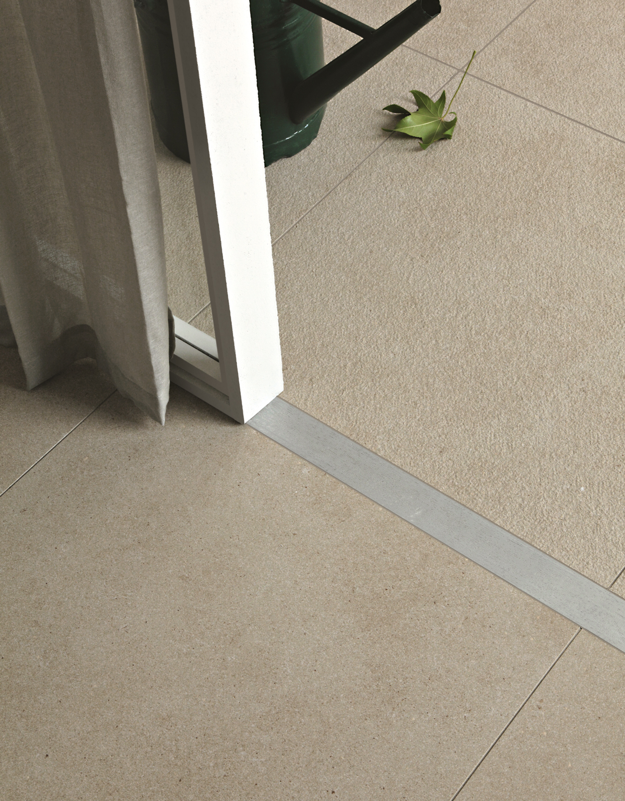 Indoor outdoor flooring and tiles ragno